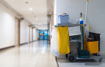 Commercial cleaning - Cleaning Supplies on a Cleaning Cart