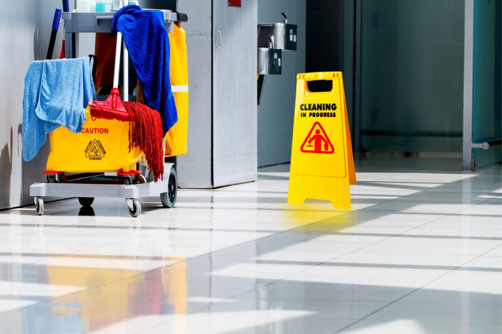 commercial cleaning - Clean Building Floors
